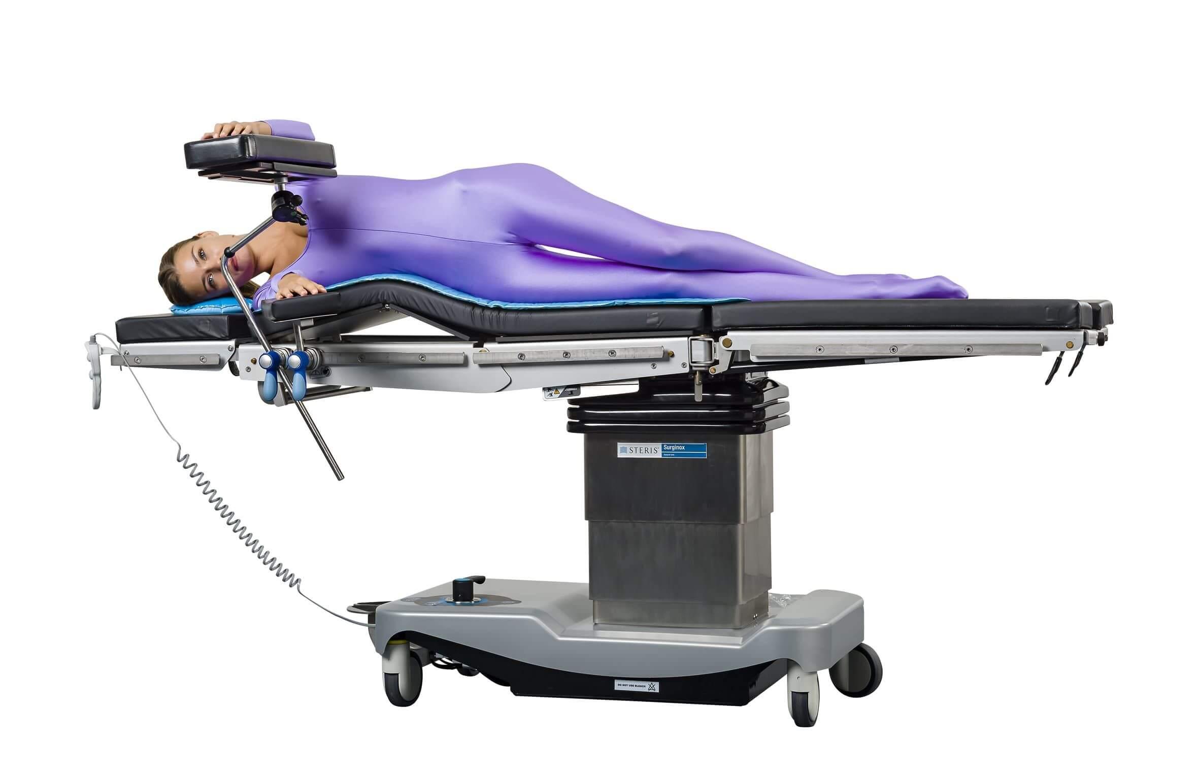 Рентген ноги на операционном столе