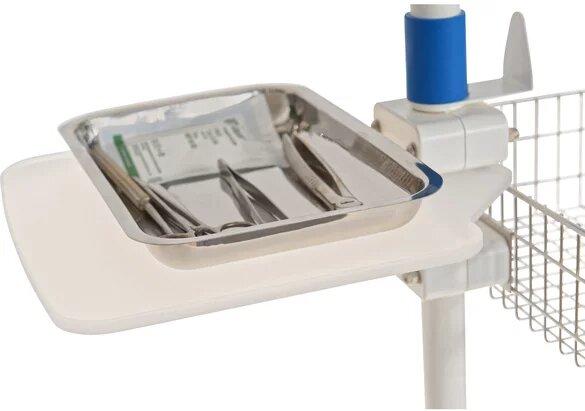 Инструменты на операционном столе